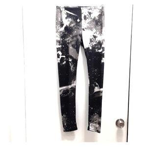 Hot Topic Pants - Galaxy leggings